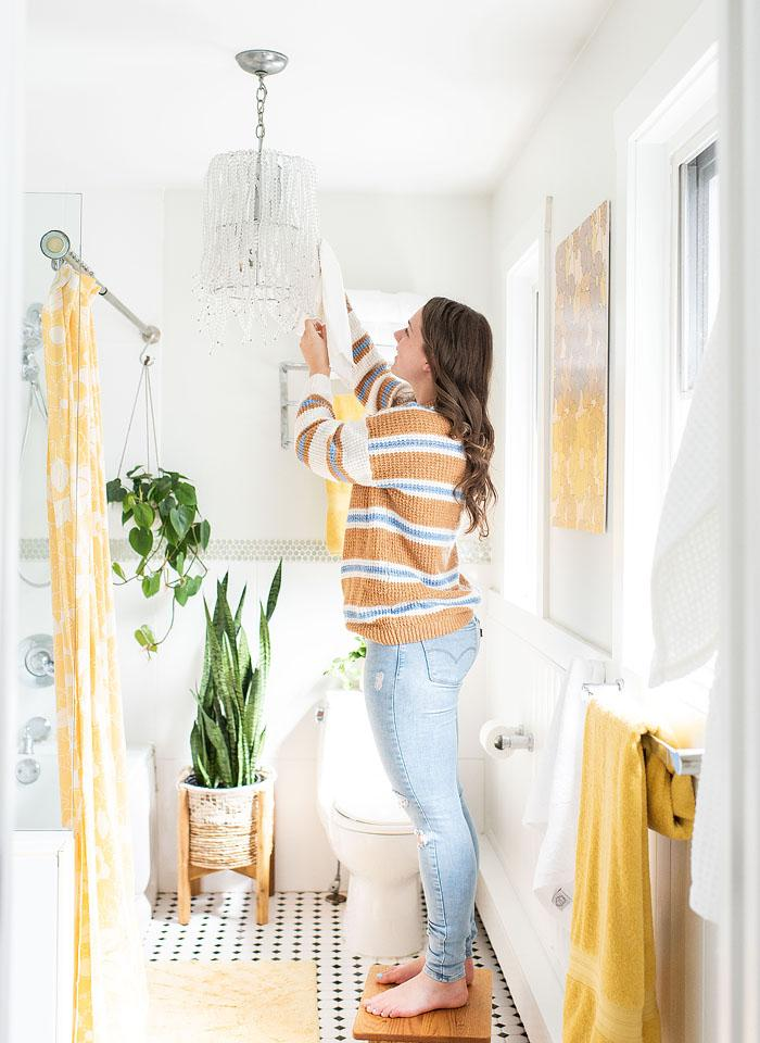Lifestyle blogger, Bella Bucchiotti of xoxoBella, shares ideas for a bathroom refresh without a bathroom renovation. Lot of low cost bathroom updates!