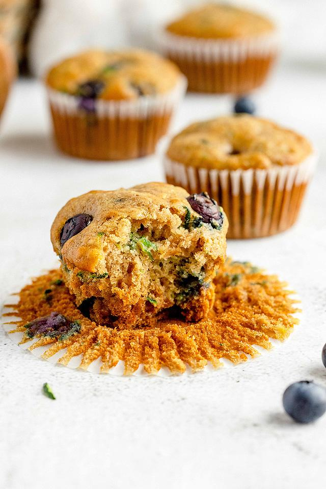 Food blogger, Bella Bucchiotti of xoxoBella, shares a recipe for tasty blueberry zucchini muffins. You will love these zucchini muffins with applesauce.