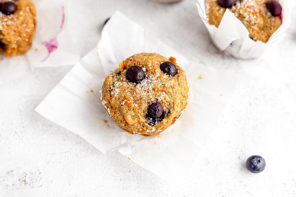 Food blogger, Bella Bucchiotti of xoxoBella, shares a recipe for carrot blueberry muffins. You will love these healthy blueberry muffins with carrots.