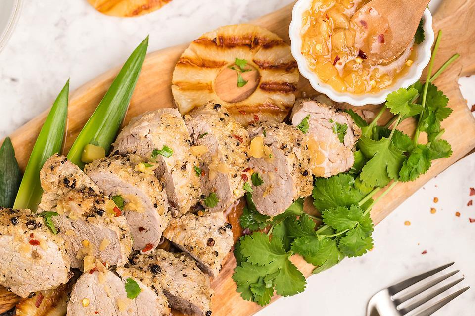 Food blogger, Bella Bucchiotti of xoxoBella, shares a recipe for Hawaiian pork tenderloin. You will love this easy Instant Pot recipe!