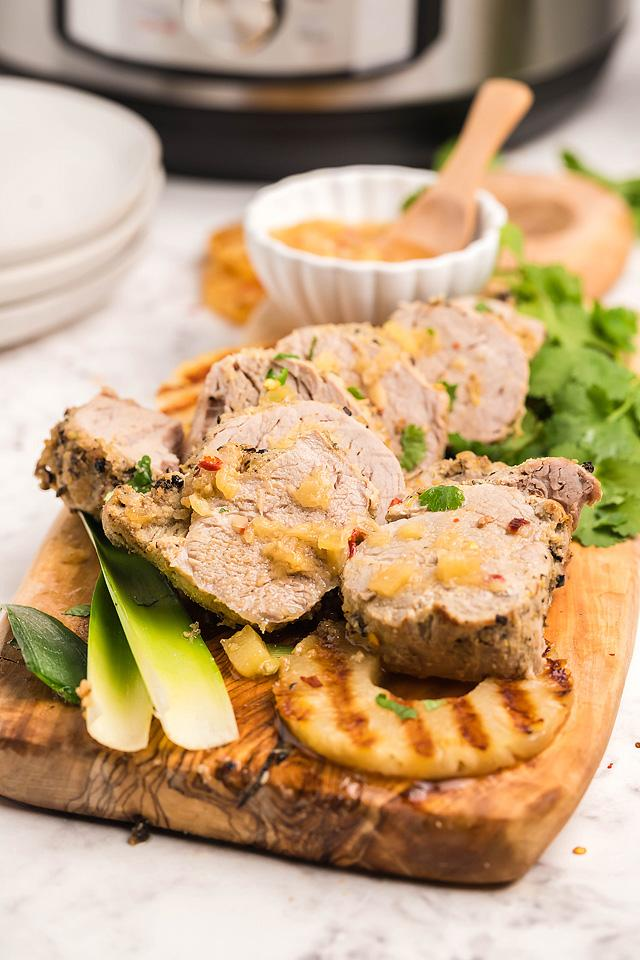 Food blogger, Bella Bucchiotti of xoxoBella, shares a recipe for Hawaiian pork tenderloin. You will love this Instant Pot pork tenderloin!