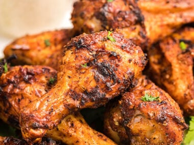 Food blogger, Bella Bucchiotti of xoxoBella, shares a air fryer chipotle chicken wings with buttermilk firecracker ranch recipe. Learn how to make air fryer chicken wings.
