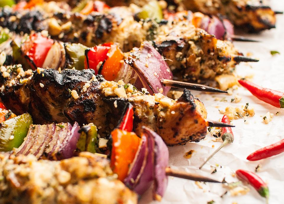 Food blogger, Bella Bucchiotti of xoxoBella, shares a recipe for Thai spicy basil chicken skewers. You will love this dairy free skewer marinade!