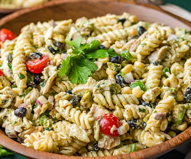 Food blogger, Bella Bucchiotti of xoxoBella, shares a zesty Tex Mex chicken pasta salad for a summer BBQ.