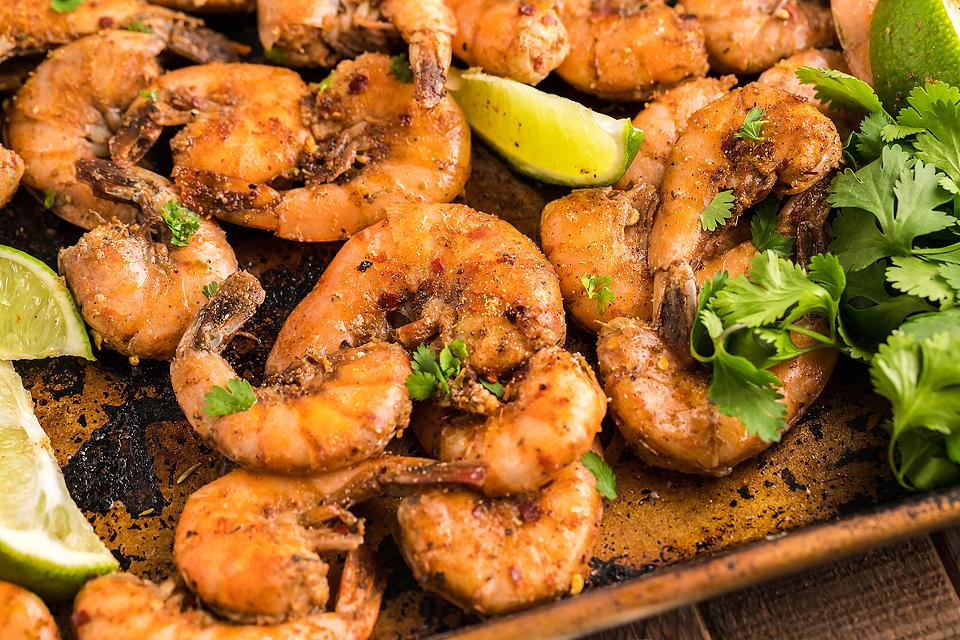 Food blogger, Bella Bucchiotti of xoxoBella, shares a recipe for smoked Caribbean jerk spiced shrimp. You will love this sweet and spicy shrimp meal!