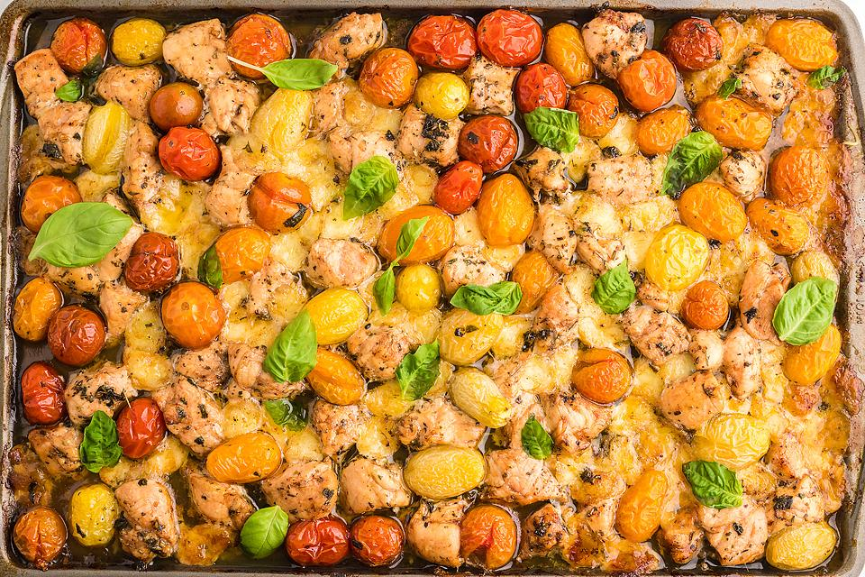 Food blogger, Bella Bucchiotti of xoxoBella, shares a recipe for sheet pan chicken caprese pasta. You will love this baked chicken caprese with pasta.