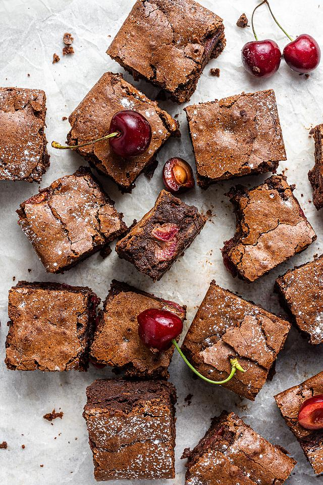 Food blogger, Bella Bucchiotti of xoxoBella, shares a double chocolate cherry brownies recipe using fresh cherries. You will love this chocolate and cherry dessert.