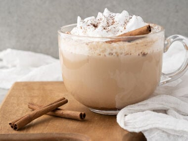 Food blogger, Bella Bucchiotti of xoxoBella, shares a recipe for a copycat Starbucks cinnamon dolce latte. It is so easy to make a dolce latte at home.