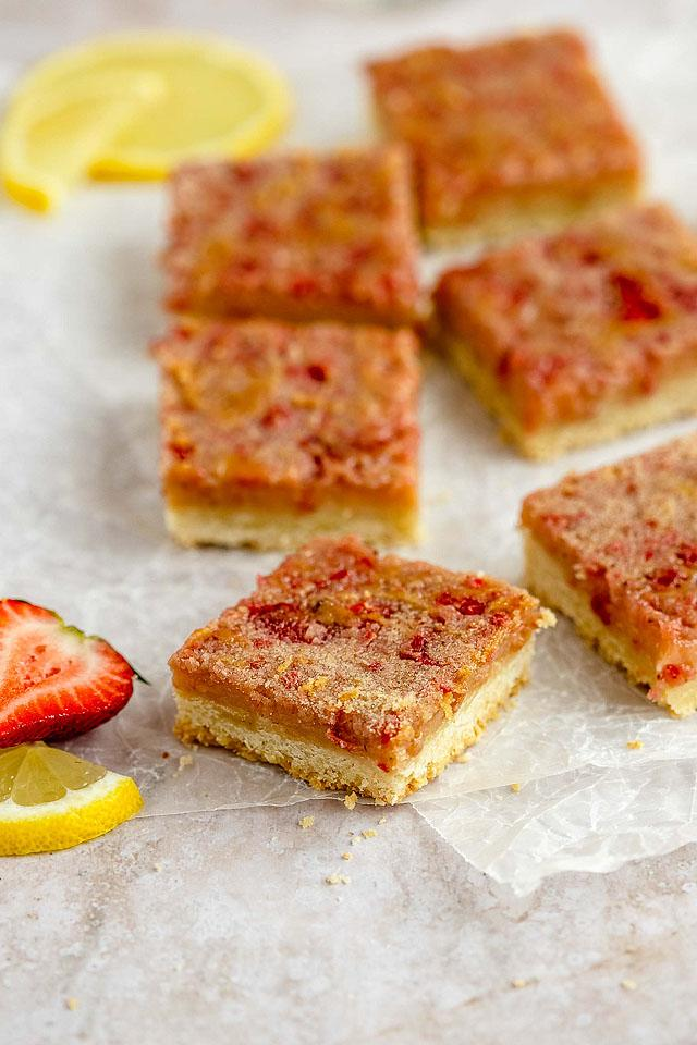 Food blogger, Bella Bucchiotti of xoxoBella, shares a recipe for strawberry lemonade bars. You will love these pink lemon bars that are easy to make.