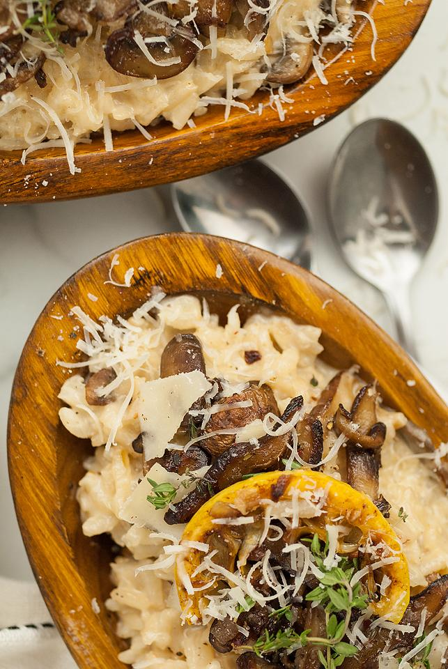 Food blogger, Bella Bucchiotti of xoxoBella, shares a side dish recipe for the best creamy mushroom risotto. You will love this vegetarian side dish for chicken or turkey.