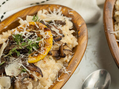 Food blogger, Bella Bucchiotti of xoxoBella, shares a side dish recipe for the best creamy mushroom risotto with white wine or chardonnay and shiitake or cremini (baby bella) mushrooms.